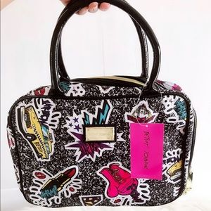Betsey Johnson Weekender Makeup/Cosmetic Bag NEW